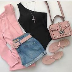 Don't be so shy — Clothes 👗 Tumblr Outfits, Edgy Outfits, Outfits For Teens, Pretty Outfits, Cool Outfits, Fashion Outfits, Look Con Short, Girl Fashion, Womens Fashion
