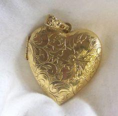 Heart Locket Gold Toned Engraved Floral Paisely Pattern Vintage Retro Pendant #Pendant