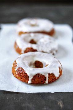 ♥ Honey Pistachio Donuts ♥ with almond flour and butter ♥  http://www.kumquatblog.com/2013/06/grain-free-honey-soaked-pistachio-donuts.html