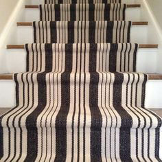 detail picture of finished stair runner installation to show hidden seam House Design, Updating House, House Styles, Stair Runner Carpet, Decor, Home, Home Diy, Home Decor, Hallway Carpet Runners