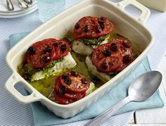 Ofen-Seelachs mit Oliven-Tomaten-Haube