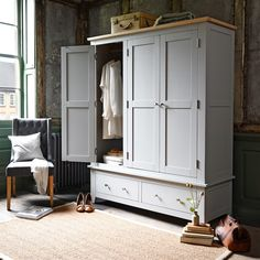 Chester Grey Triple Wardrobe - The Cotswold Company Grey Painted Furniture, Grey Bedroom Furniture, Wardrobe Furniture, Cheap Furniture, Furniture Deals, Home Furniture, Furniture Removal, Furniture Movers, Bedroom Closet Design