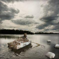 Afbeelding: 'Natte dromen op open water' (© Erik Johansson)