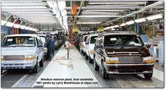 minivan assembly line Chrysler 2017, Dodge Chrysler, Jeep Dodge, Dodge Trucks, Fargo Truck, Chrysler Windsor, Plymouth Voyager, Assembly Line, Cargo Van