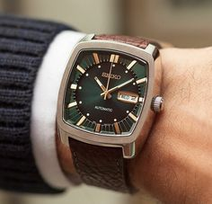 It's hard to resist the dark green dial and gold markers of the retro-inspired seiko Best Watches For Men, Luxury Watches For Men, Cool Watches, Stylish Watches For Men, Designer Watches For Men, Expensive Watches For Men, Unique Watches, Wrist Watches, Datejust Rolex