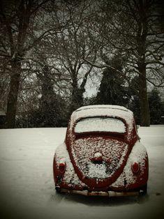 VW snowy Morning
