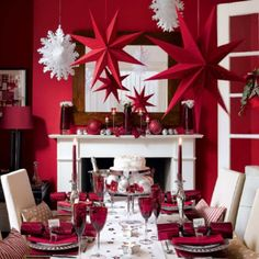Red and White Christmas Living Room Decoration
