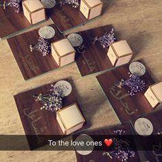 توزيعات ، هدايا ، عيديات Eid Crafts, Ramadan Crafts, Ramadan Decorations, Japanese Gift Wrapping, Japanese Gifts, Graduation Party Decor, Graduation Gifts, Diy Wedding, Wedding Favors