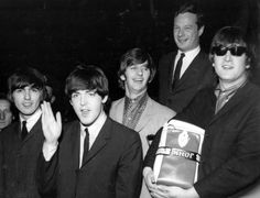 "Criador do ""The X Factor"" vai produzir filme sobre agente dos Beatles #Cinema, #Eventos, #Filme, #Grupo, #Morreu, #Programa, #TheXFactor, #Tv http://popzone.tv/criador-do-the-x-factor-vai-produzir-filme-sobre-agente-dos-beatles/"