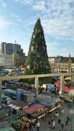 Dortmunder Weihnachtsmarkt in Dortmund, Nordrhein–Westfalen #dortmund #city #germany #xmas #europe