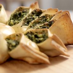 This creamy, crispy golden spinach and ricotta pie is an amazing appetizer to adorn your table at your next gathering! Perfect finger food!