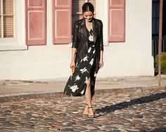 バナナリパブリックからドレス アップ サマーコレクションが登場