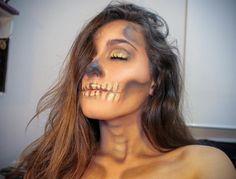 """239 curtidas, 5 comentários - ✨ Li Bernardinelli ✨ (@li.bai.belli) no Instagram: """"After life glow Dando início aos trabalhos de halloween Caveira com #PóDeEstrela Dourado da…"""""""