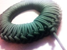 BEST WAY TO KEEP YOUR PARACORD ORGANIZED YET EASY TO DEPLOY QUICKLY!!!