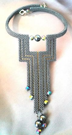 Great Pics Beadwork necklace Concepts Bond worry can produce a massive influence on the way your jewelry looks. No-one would like to invest several Bead Jewellery, Seed Bead Jewelry, Diy Jewelry, Fashion Jewelry, Jewelry Necklaces, Chunky Necklaces, Beading Jewelry, Jewelry Findings, Diamond Jewelry