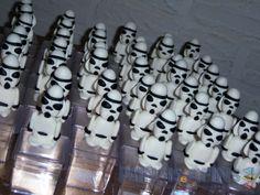 Uma invasão de #stormtroopers em sua #festainfantil #starwars
