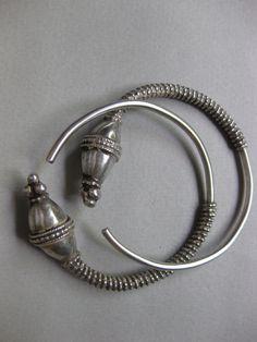 Silver Saudi Arabian Hair Decoration. Khaneikey.com