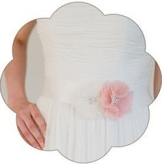 Braut Gürtel mit Seiden Blüte/n in Ivory und Rosa. 24 Farben. Wedding Belts, Sashes, Ribbons- Bridal Accessories. Ivory rose silk flower