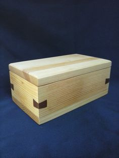 White Pine - Wood Keepsake Box - Redwood - Dovetail Keys