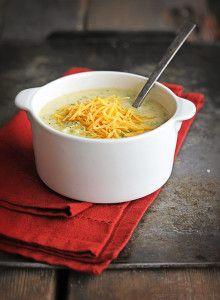 {Copycat} Panera Bread Cheddar Broccoli Soup