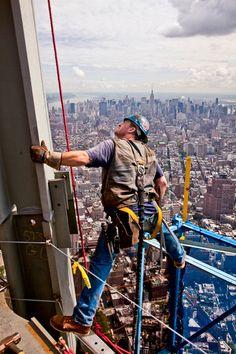 World Trade Center Rebuilding Photo of the Day - Esquire. / bontool.com