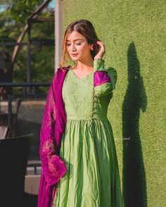 Likes, 188 Comments - Dua Amjad Girls Dresses Sewing, Stylish Dresses For Girls, Simple Dresses, Fancy Dress Design, Stylish Dress Designs, Simple Pakistani Dresses, Pakistani Dress Design, Simple Anarkali, Designer Party Wear Dresses