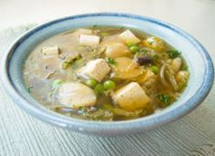 Chinese Cabbage Tofu Soup - use wheat-free tamari to make it gluten free. Only 198 calories per serving!