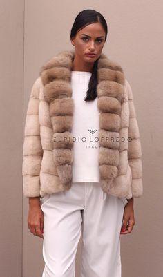 Palomino Mink with Barguzinsky Russian Sable - Elpidio Loffredo Furs Fur Fashion, Fashion Show, Womens Fashion, Grey And Beige, Palomino, Mink, Shawl, Beautiful Women, Glamour