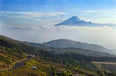 volcan cotopaxi desde avenita tigua