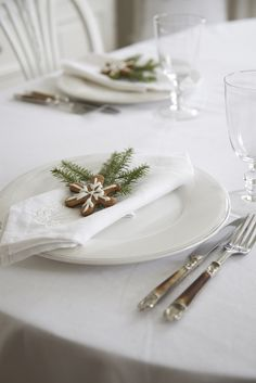 A simple Christmas place setting.