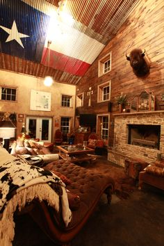 For my Texas friends who love rustic.  There isn't a spot anyplace else in the US, where residents would paint their state flag on the ceiling of their home and get by with calling it decoration - EXCEPT in Texas!  Love it!