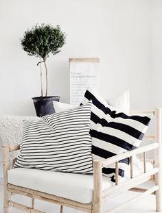 chair, striped cushions and green Living Spaces, Living Room, Piece A Vivre, Decoration Design, Home And Deco, Scandinavian Home, Home Projects, Home And Living, Interior Inspiration