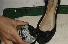 Customizar sapatilha com gliter