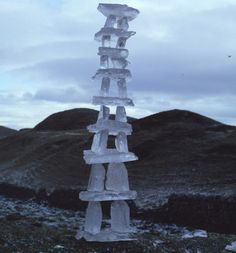 Andy Goldsworthy: ice tower