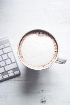 . Coffee Cozy, I Love Coffee, Coffee Break, Coffee Time, Morning Coffee, Coffee Shop, Fresh Coffee, Coffee Lovers, Weekender
