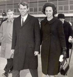 Sister of Kennedy widow 'had illegitimate son and scandalous ...