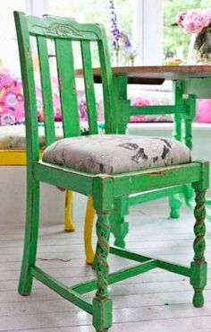 Preloved   Kirsty Allsopp's Distressed Chair Project - I'm doing this over the weekend :D