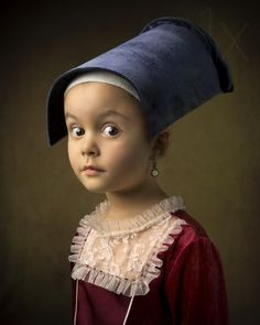 Rembrandt Old Master Famous Paintings Australian photographer Bill Gekas creates elaborate portraits of his five-year old daughter that are inspired by classic paintings. Classic Portraits, Classic Paintings, Modern Portraits, Famous Portraits, Italian Paintings, Caravaggio, Digital Photography School, Children Photography, Girl Photography