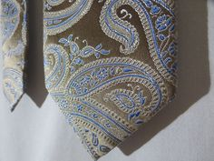 NWOT Michael Kors Neck Tie Blue Tan Paisley Pattern 100% Silk #MichaelKors #NeckTie