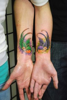 unique Friend Tattoos - Example Matching Love Tattoos For Couples Pictures Creative Tattoos, Unique Tattoos, Cute Tattoos, Girl Tattoos, Tatoos, Matching Love Tattoos, Couple Tattoos Love, Tattoos Skull, Hand Tattoos