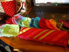 Solid Granny Squares Pattern (Elmer Squares) by Little Tin Bird, best website for simple and FREE instructions!!!