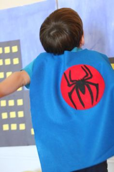 For Lucas' superhero birthday party, I made all of the kids their very own superhero capes. There's no sewing involved in making these…