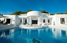 Luxury villas for Rent & Sale in Ibiza, apartments, country houses.