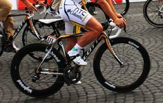 Could Botox Help Eliminate Knee Pain in Athletes?  http://www.bicycling.com/training/health-injuries/could-botox-help-eliminate-knee-pain-in-athletes?cid=soc_BICYCLING%2520magazine%2520-%2520bicyclingmag_FBPAGE_Bicycling__