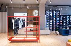 Color contrast in CLOSED store Cologne, Germany, interior design by PHILIPP MAINZER (2014). Photo: Ewa Skorupska. #fashion #orange #shelf