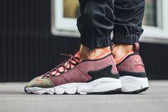 """buy popular 746c9 86f97 Der Nike Air Footscape NM taucht im """"Dragon Red"""" Colorway auf Laufschuhe,  Vans"""