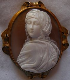 Beatrice Cenci Cameo of Sardonyx Shell 1850. Beautiful.