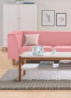 andas Nordic Interior: Skandinavische Leichtigkeit deinem zu Hause! Schöner Schnitt und herrliche Farbe: Rose! Da muss nur noch die Wand in Quartz gestrichen werden.