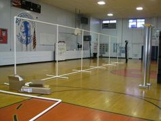 how to make a backdrop using PVC pipe. awesome resource for all of those concerts in the gym!!