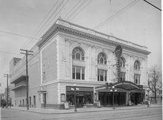3rd Avenue and 72nd Street. Bay Ridge Theatre, exterior. 1915. (via MCNY) Brooklyn